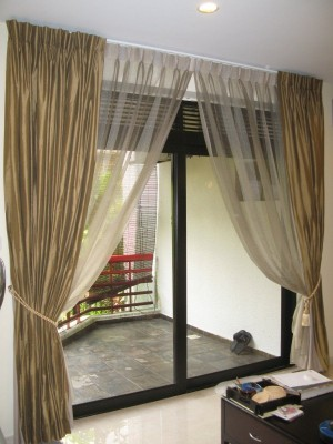 Натуральные шторы для зала (24)