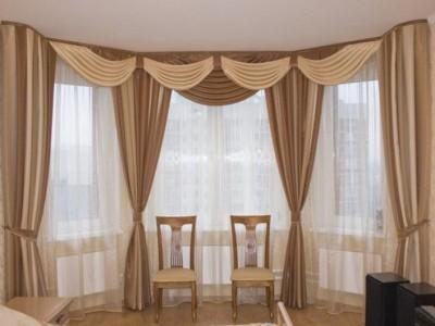 Объём и драпировки штор в зале (4)