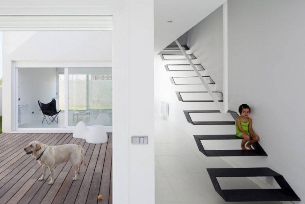 металлические лестницы на 2 этаж (14)