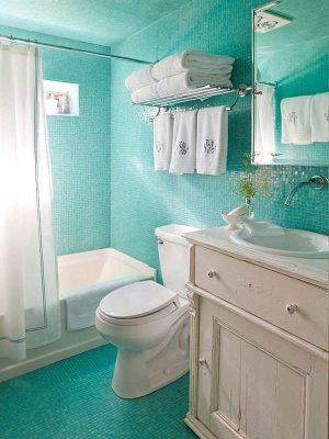 потолок в маленькой ванной (1)