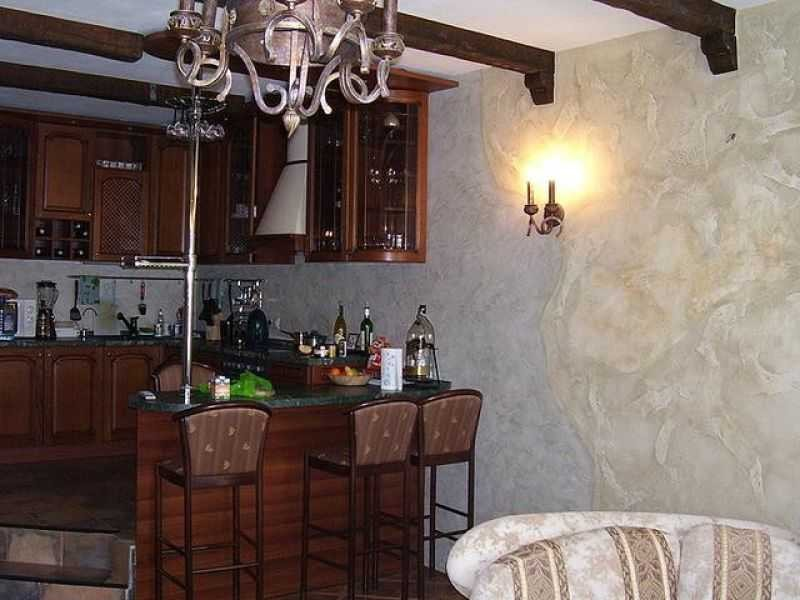 натяжными потолками венецианка на кухню фото себе