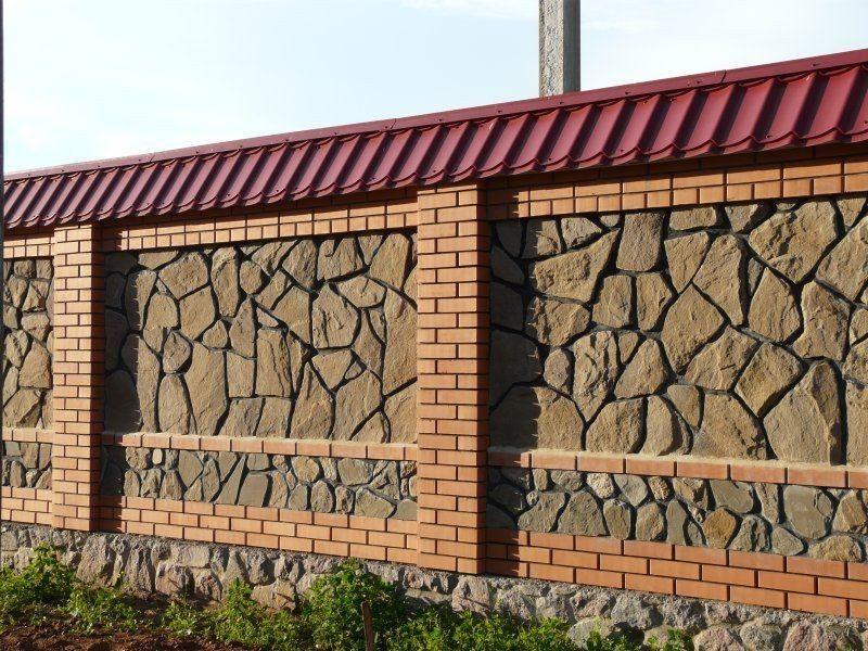 Заборы из кирпича (100 интересных фото дизайна ограждений)