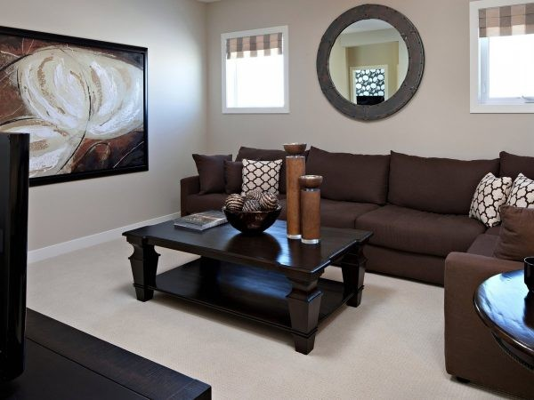 Как расставить тёмную мебель, при светлом интерьере?