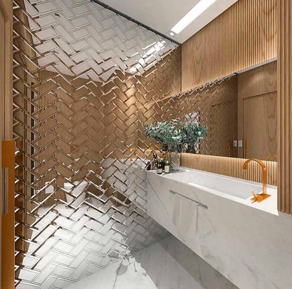 Ванная с зеркальной стеной фото