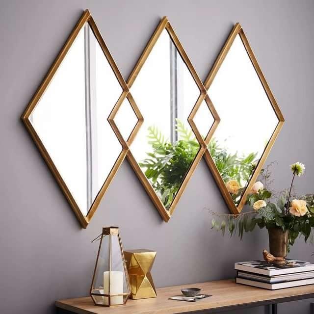Какие выбирать зеркала для разных комнат, и как правильно их размещать.