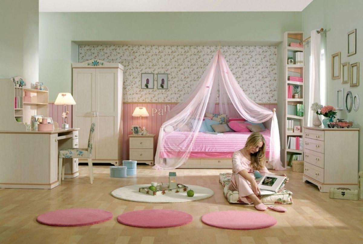 Розовая пися маленькой девочки 27 фотография