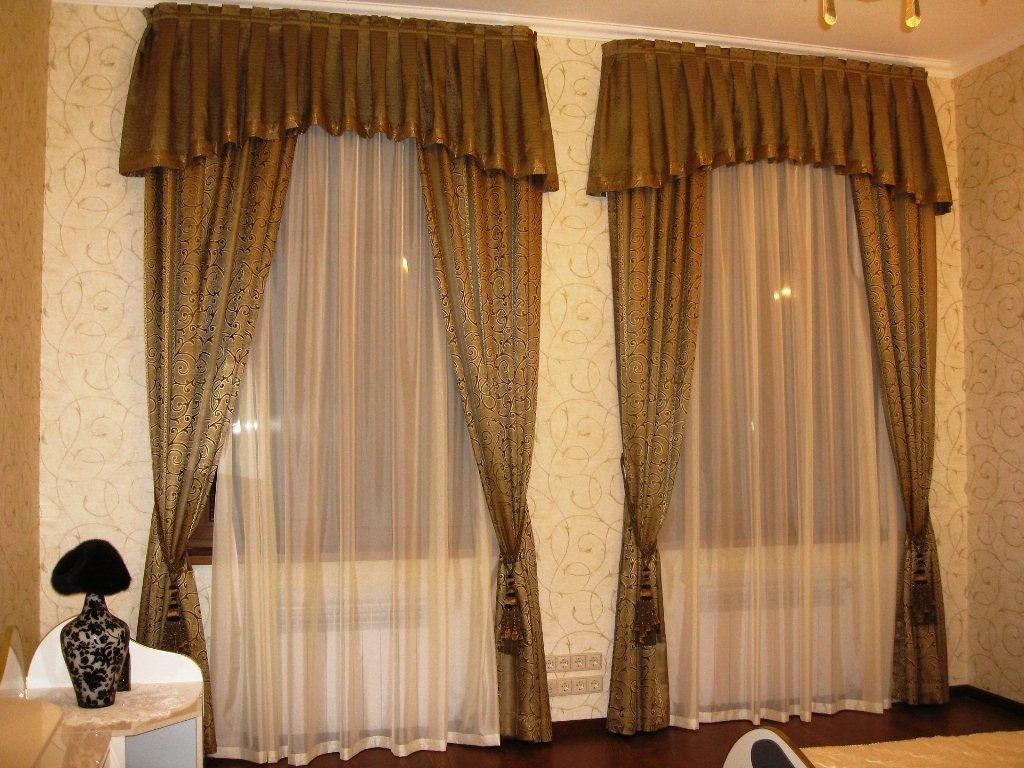 Объём и драпировки штор в зале (15)