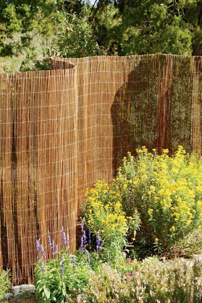 Плетение плетня из тальника 186